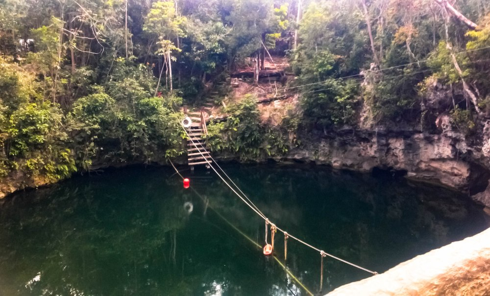 Selvatica_Zipline_Cenote