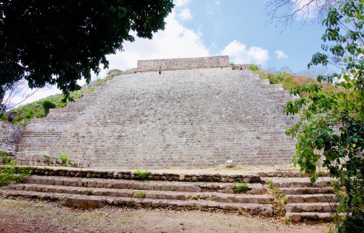 Uxmal_Große Pyramide - 1 (1)
