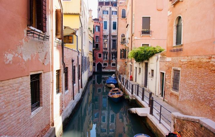Italien_Venetien_Venedig_Kanal_Boote - 1