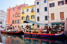 Italien_Venetien_Venedig_Schwimmender Markt - 1