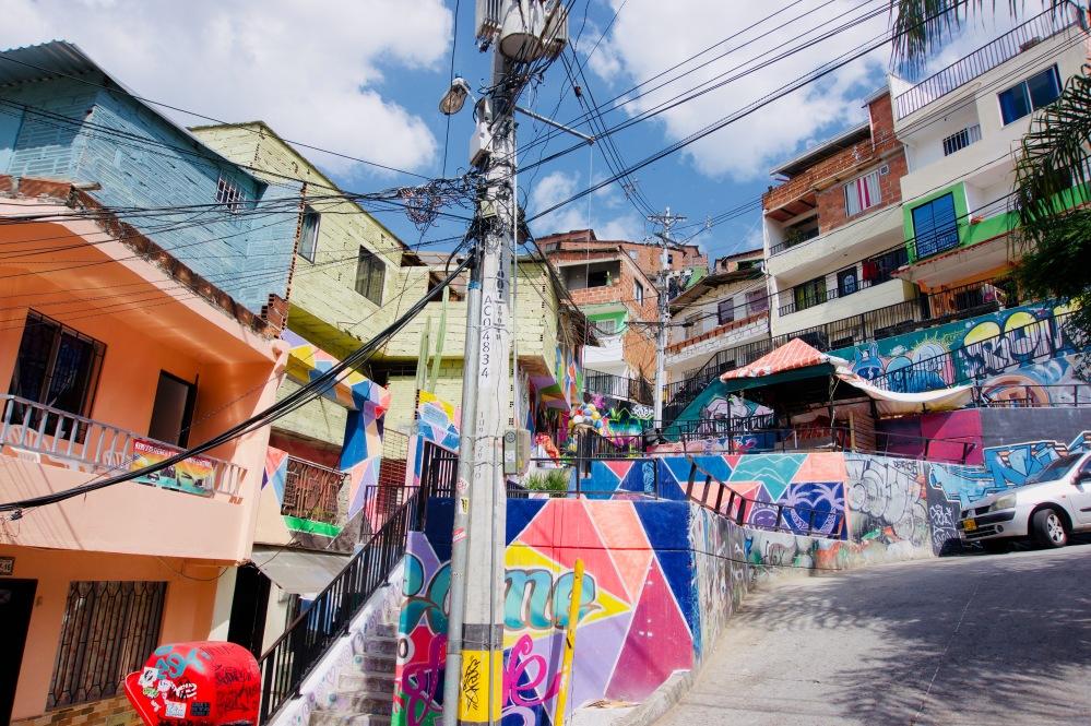 Kolumbien_Medellin_Comuna13_Straße - 1