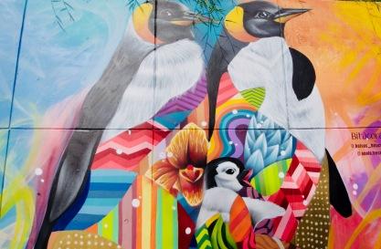 Kolumbien_Medellin_Comuna13_Streetart_Pinguine - 1