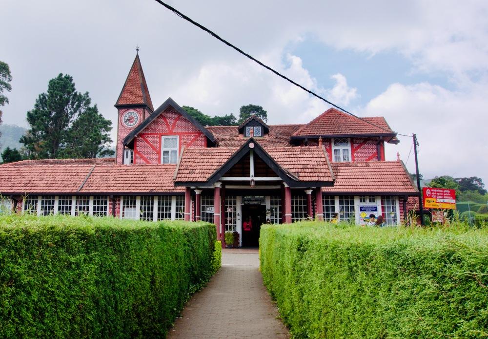Nuwara Eliya_Rathaus - 1