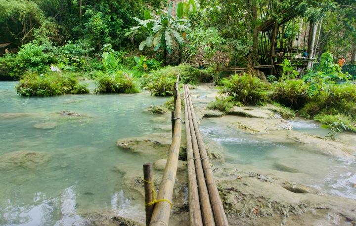 Philippinen_Siquior_Cambugahay Wasserfall_Brücke - 1